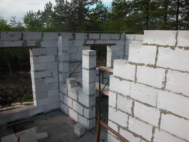 Условия доставки.  Стеновые блоки из газабетона, неавтоклавные.  Для строительства домов, для утепления стен...