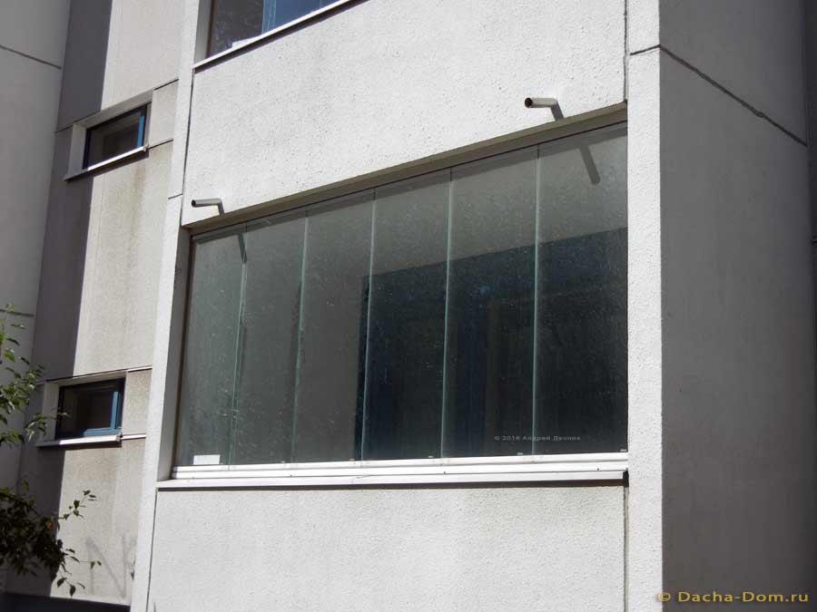 Балконы и остекление - дизайн и фото.