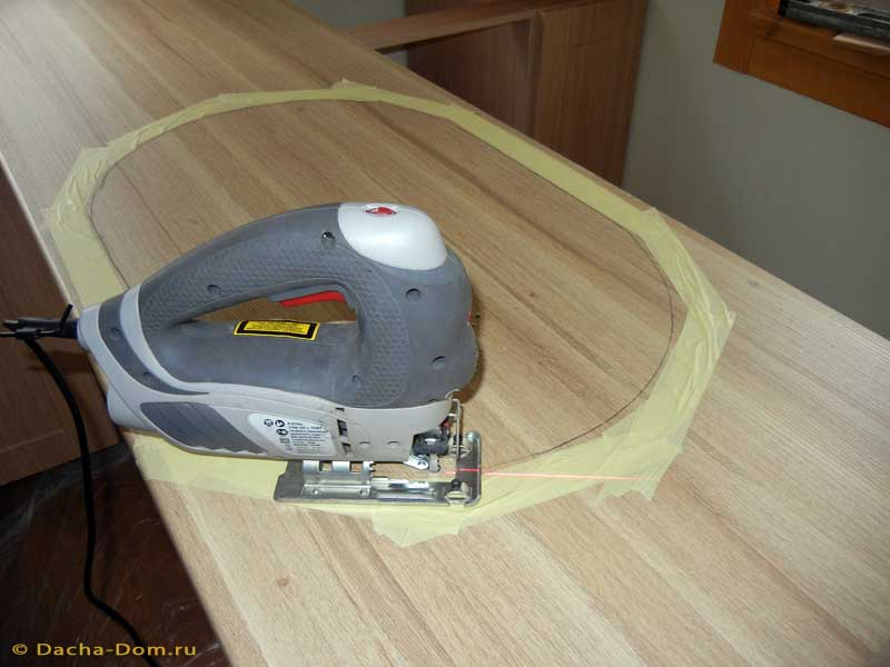 Столешница как вырезать дырки кухня цвет венге столешница металик фото