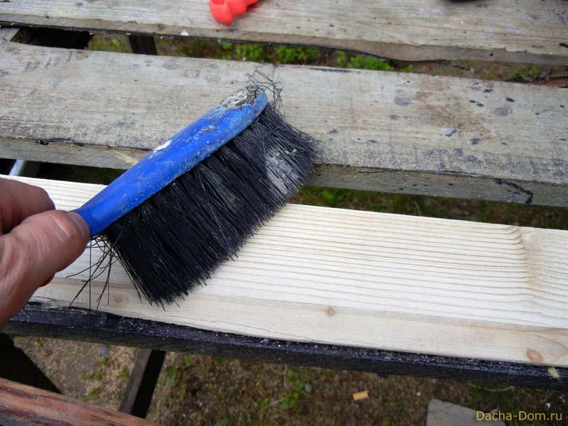 Как самому покрасить опилки