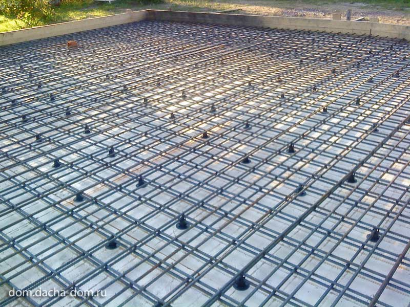 Floating concrete slab foundation