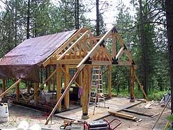 крыша дома из соломы