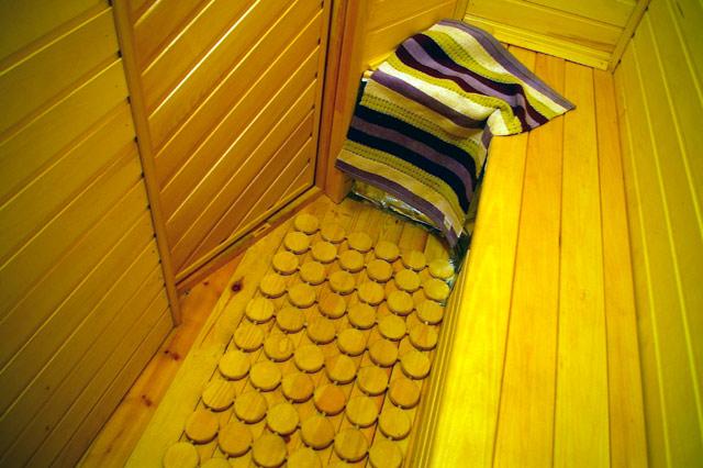 Коврик для бани на пол