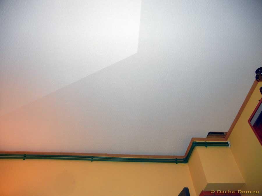 стеклообои для потолка фото