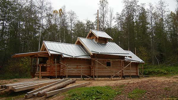 строительство деревянной церкви