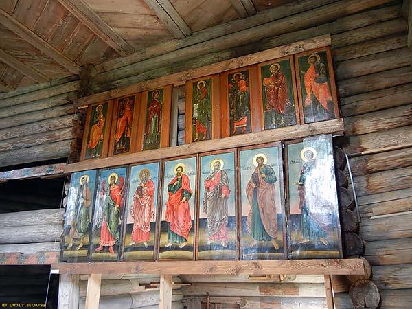 деревянный алтарь церкви