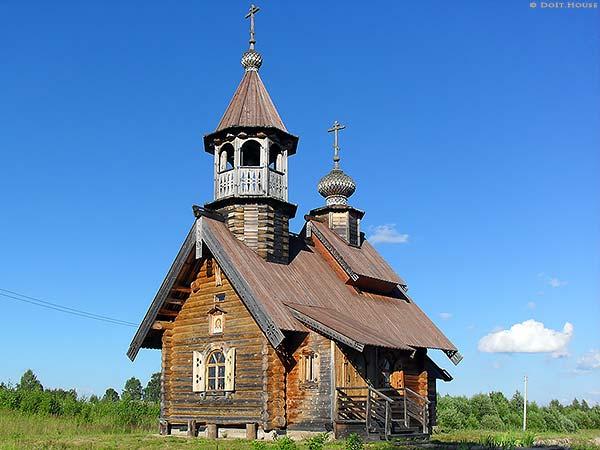 русская деревянная церковь