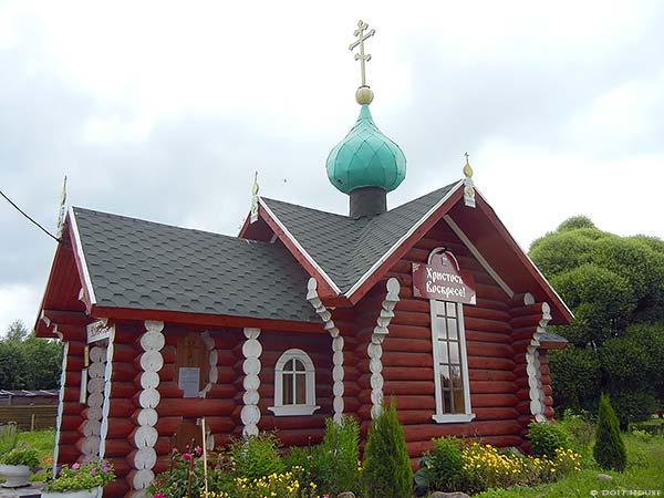 сруб церкви